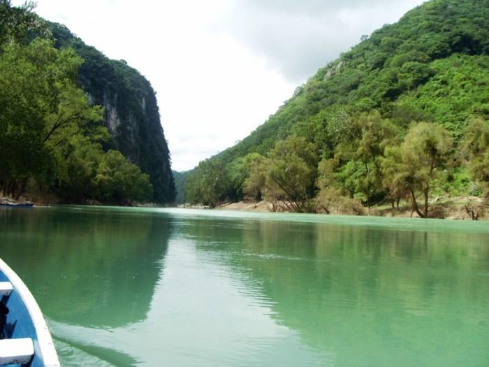 Cascadas de Tamul, der Fluss