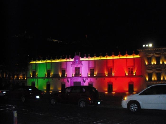 Zacatecas, Altstadthaus, bei Nacht