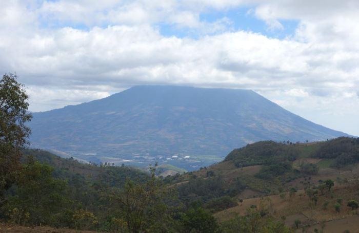 Guatemala Vulcan Acatemango