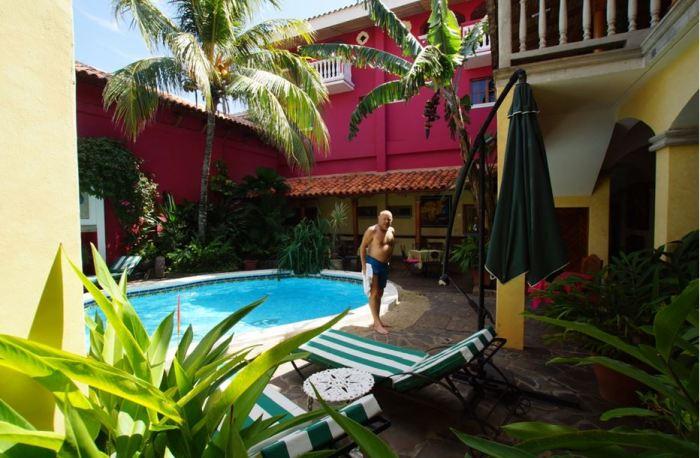 Nic 17 Hotel Colonial Granada