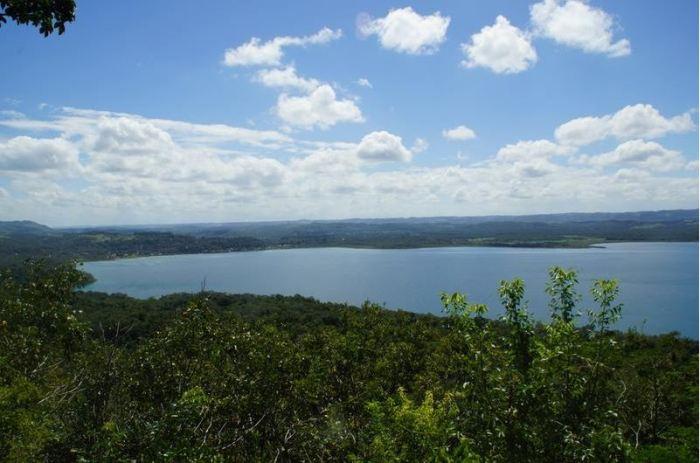 13 Lago de Petén