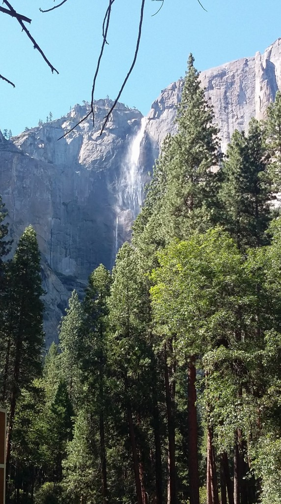 Vernal Wasserfall Yosemite Park