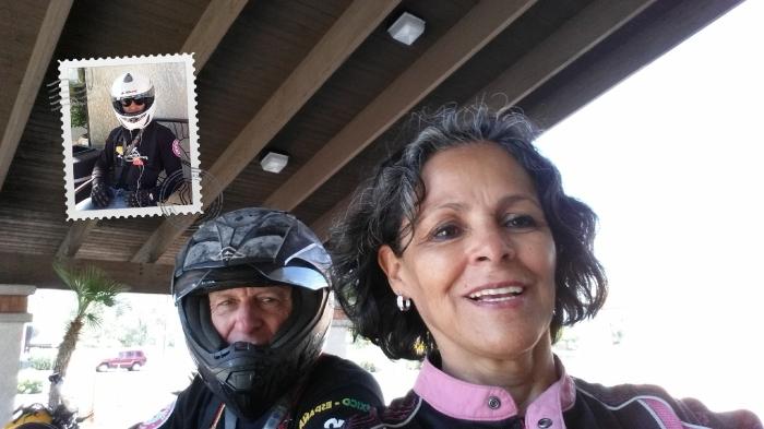 vor dem Ramada Inn Tucson Arizona